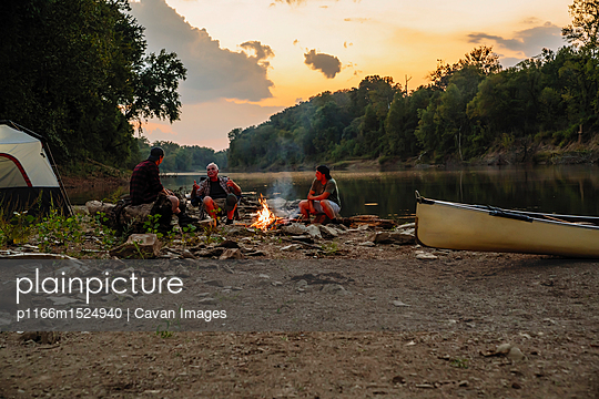 p1166m1524940 von Cavan Images