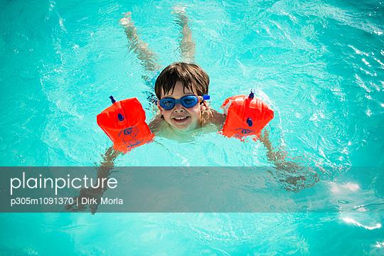Schwimmanfänger - p305m1091370 von Dirk Morla