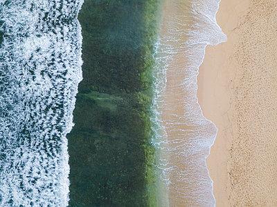Indonesia, Bali, Aerial view of Balangan beach - p300m2029839 von Konstantin Trubavin