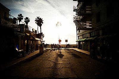 California, Venice Beach - p584m1026236 by ballyscanlon