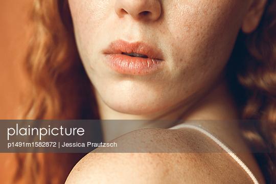 Close-up weibliches Gesicht - p1491m1582872 von Jessica Prautzsch