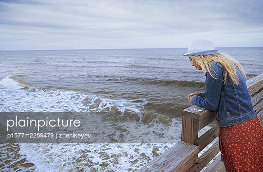 Woman by the sea - p1577m2289479 by zhenikeyev