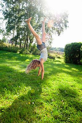 Balancé - p352m810008f by Julia Sjöberg