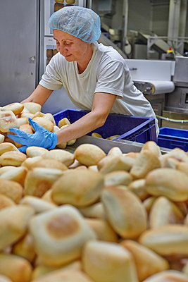 Industrial bakery - p390m881072 by Frank Herfort