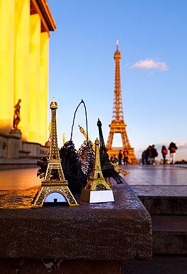 Eiffel Tower souvenirs - p110m2055452 by B.O.A.