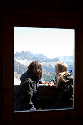 Two young women in Italy - p4410354 by Maria Dorner
