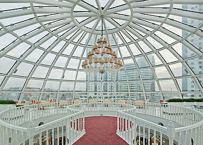 Globe restaurant in Grozny - p390m1092821 by Frank Herfort