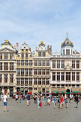 Brussels, Grote Markt  - p756m2122648 by Bénédicte Lassalle