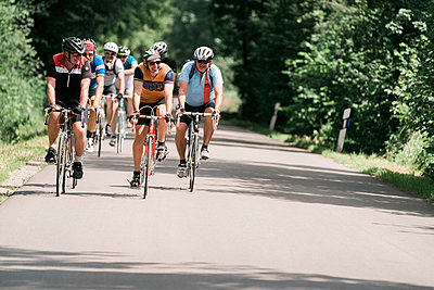 Cycle racing on a country road - p1437m2253536 by Achim Bunz