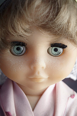 Close-up of beautiful doll face - p300m980242 by Tanja Luther