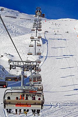 Skiing holiday - p6520099 by Christian Kober