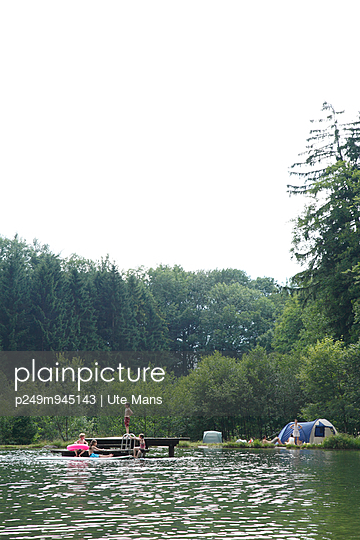 Summer holidays - p249m945143 by Ute Mans