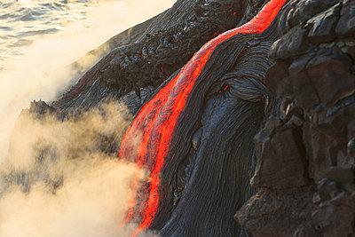 Kilauea Lava Flow, Kalapana, Big Island, Hawaii, USA - p429m802373 by Cultura