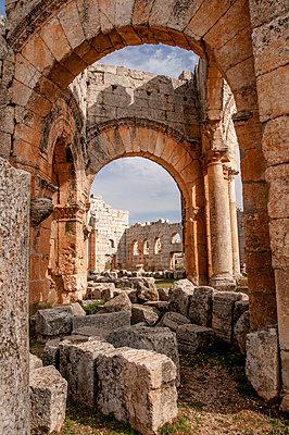 Frühbyzantinisches Kloster des Simeon, Simeonskloster, Aleppo, Syrien - p1493m2063587 von Alexander Mertsch