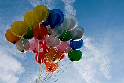 Balloons - p451m949632 by Anja Weber-Decker