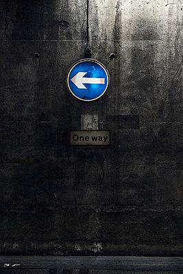 Unterführung - p1280m1091627 von Dave Wall