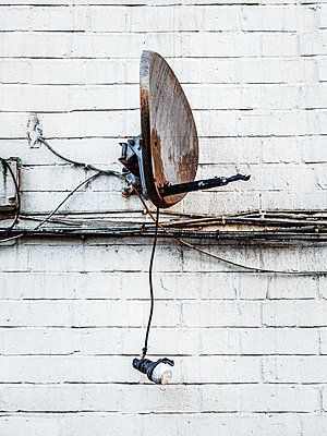 old satellite dish - p1280m1529067 by Dave Wall