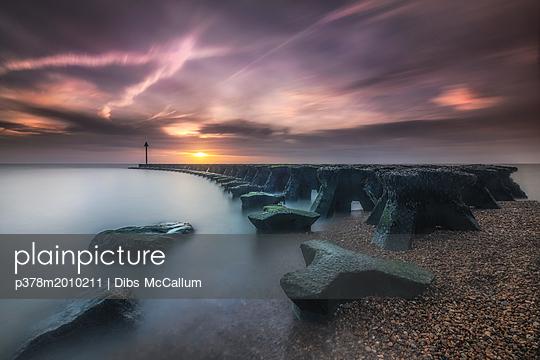p378m2010211 von Dibs McCallum
