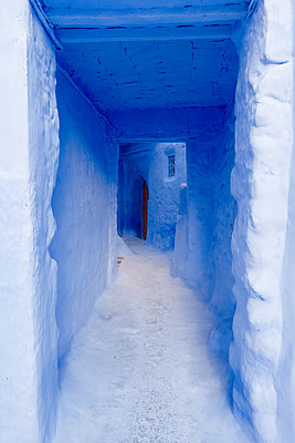 Alleyway in Chefchaouen - p1189m1218652 by Adnan Arnaout