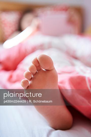 Foot of a child - p430m2244439 by R. Schönebaum