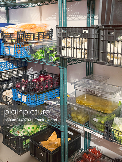 Storage and logistics in a restaurant - p390m2149793 by Frank Herfort