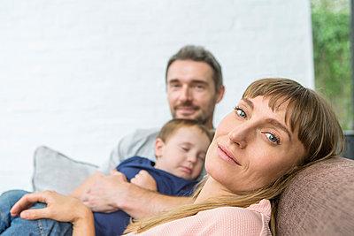 Familie mit Kleinkind, - p1156m1585837 von miep