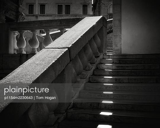 Italy, Venice, Sunbeams on the Rialto Bridge - p1154m2230643 by Tom Hogan