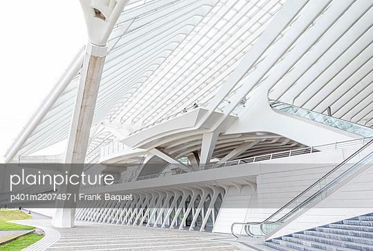 Liège-Guillemins station in Liège - p401m2207497 by Frank Baquet