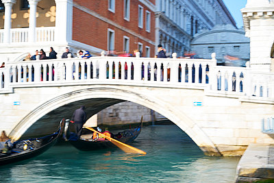 Gondola under a bridge - p1312m2082179 by Axel Killian