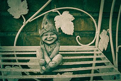 Gartenzwerg - p1199m1539019 von Claudia Jestremski
