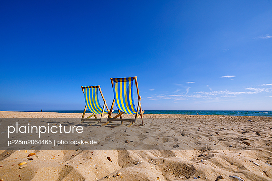 Liegestühle am Strand - p228m2064465 von photocake.de