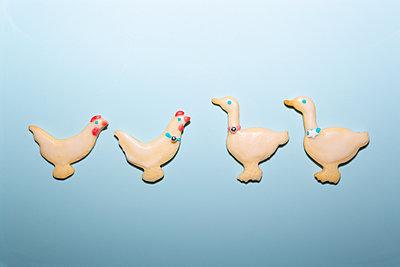 Chicken and geese - p454m2210180 by Lubitz + Dorner
