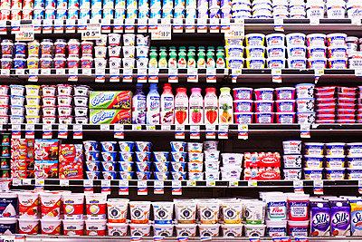 American Supermarket - p579m1203344 by Yabo