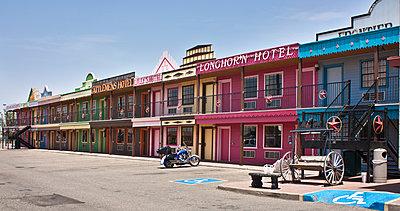 Big Texan motel - p1691m2288573 by Roberto Berdini Bokeh