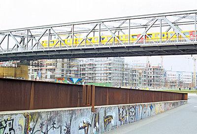 Berlin - p885m907424 by Oliver Brenneisen