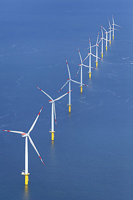 Offshore wind farm 'Riffgat' - p1016m925695 by Jochen Knobloch