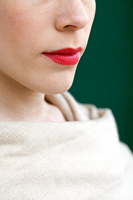 Woman with red lipstick - p873m2071068 by Philip Provily