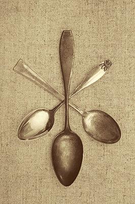 Three spoons - p971m865839 by Reilika Landen