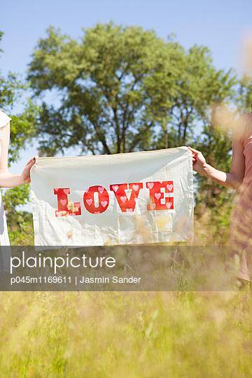 Liebe verbreiten - p045m1169611 von Jasmin Sander