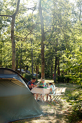 Camping site - p249m891197 by Ute Mans