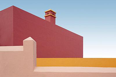Farbige Hotelwände, La Palma, Los Cancajos - p1162m963166 von Ralf Wilken
