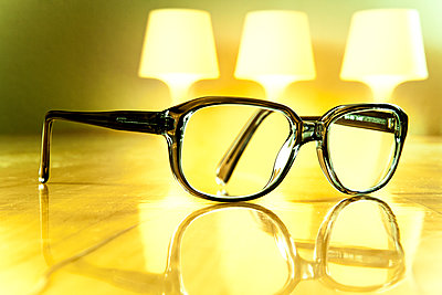 Glasses and light - p550m2273290 by Thomas Franz