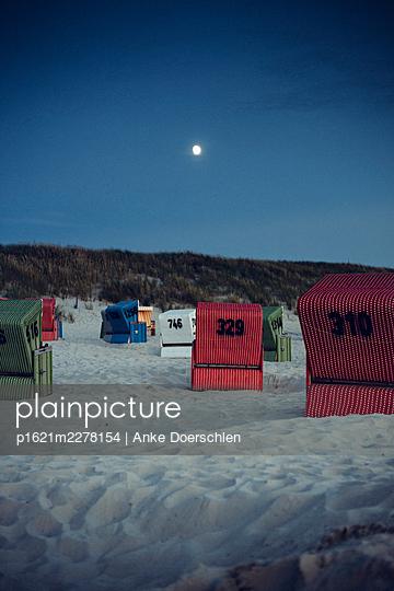 Beach in the moonlight - p1621m2278154 by Anke Doerschlen