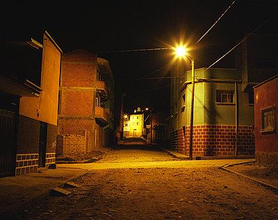 Abend in Copacabana - p945m1214548 von aurelia frey