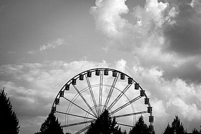 Big wheel - p1199m2257734 by Claudia Jestremski