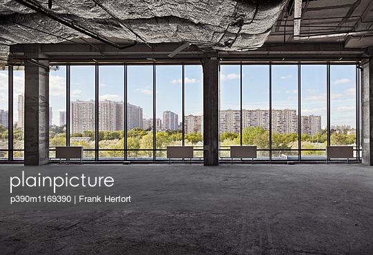 p390m1169390 by Frank Herfort