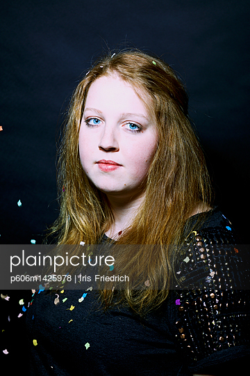 blaue Augen - p606m1425978 von Iris Friedrich