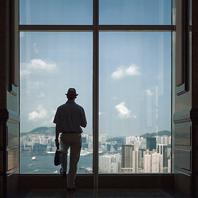 Looking out on Hongkong - p1324m1441372 by Michael Hopf