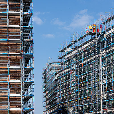 Shell facade with scaffolding - p401m2181734 by Frank Baquet