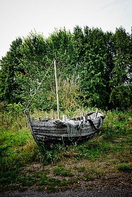 Old wooden boat - p248m949419 by BY
